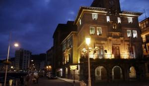 Ayuntamiento Castro noche