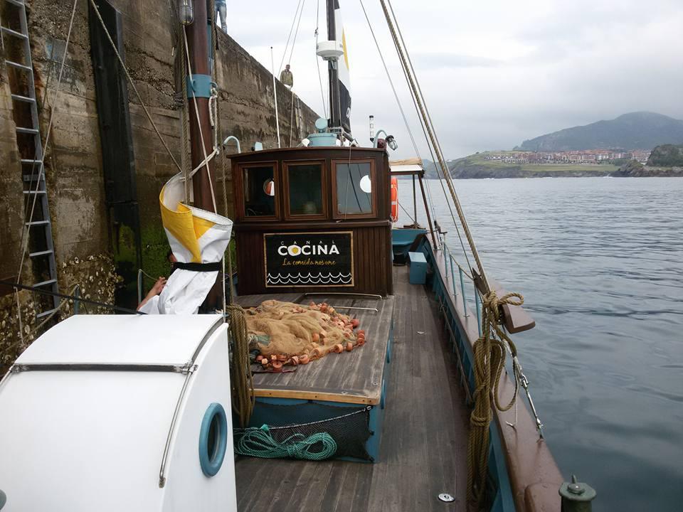 Canal cocina graba en castro a bordo de un barco castro for Canal cocina programacion
