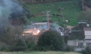 Incendio cuadra Mioño (4)