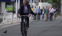 Ángel Díaz-Munío llegando al Ayuntamiento Investidura