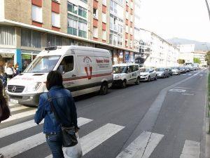 Atasco por asfaltado frente Mercado (2)