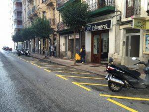 Aparcamiento de Motos sin motos (3)