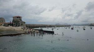 Inicio Triatlon con retraso (marea)