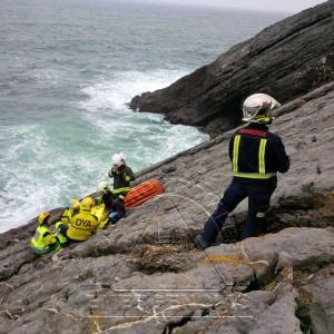 Rescate acantilados Saltacaballos (2)