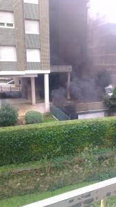 Incendio en garaje 1º de Mayo (1)