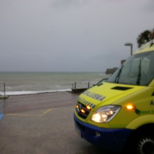 Rescate persona en Ostende