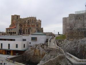 Santa Maria, Puente y Faro