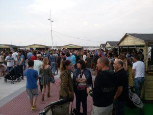 Ambiente en las Casetas Fiestas (1)